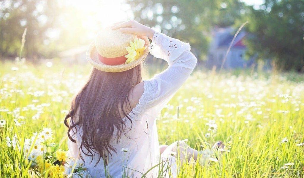 femme heureuse avec mutuelle santé