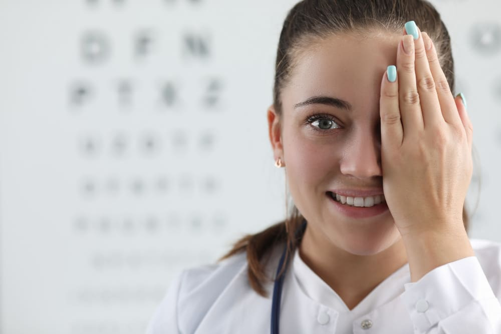 aller chez l'ophtalmologue